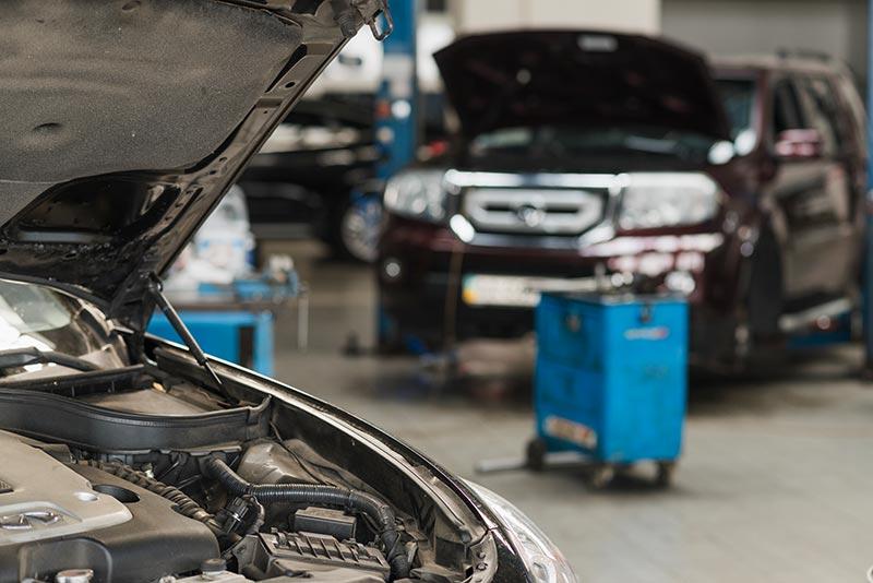 Auto-reparieren-Autowerkstatt